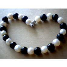 SUPERB QUALITY & SPLENDID 8MM AGATE & FW PEARL BRACELET