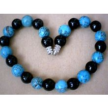 EXCELLENT QUALITY 8MM TURQUOISE & BLACK AGATE BRACELET