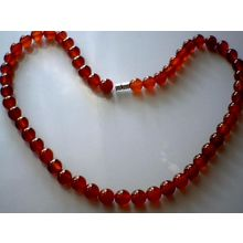DELIGHTFUL & EXCELLENT QUALITY 8MM RED AGATE NECKLACE