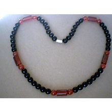 BEAUTIFUL & EXCELLENT QUALITY BLACK & RED AGATE NECKLACE