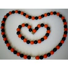 FABULOUS & GENUINE 8MM BLACK AGATE & RED CORAL SET