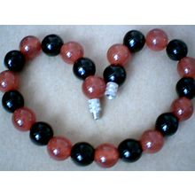 EXCELLENT QUALITY REAL 8MM RED & BLACK AGATE BRACELET