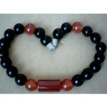 EXCELLENT QUALITY REAL 8MM BLACK & RED AGATE BRACELET