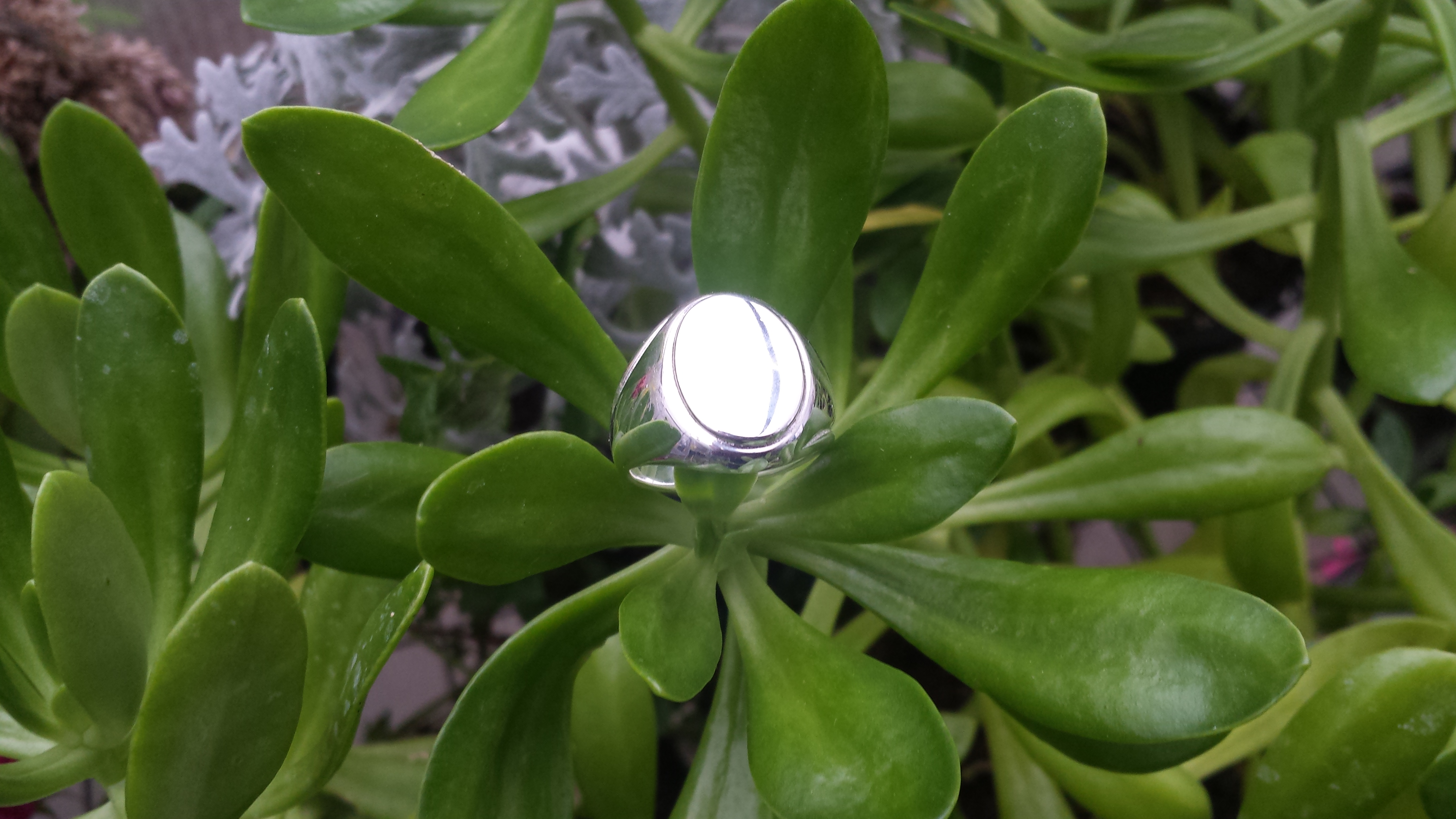 WONDERFUL 925 STERLING SILVER  OVAL RING IDEAL FOR MEN 12 G.