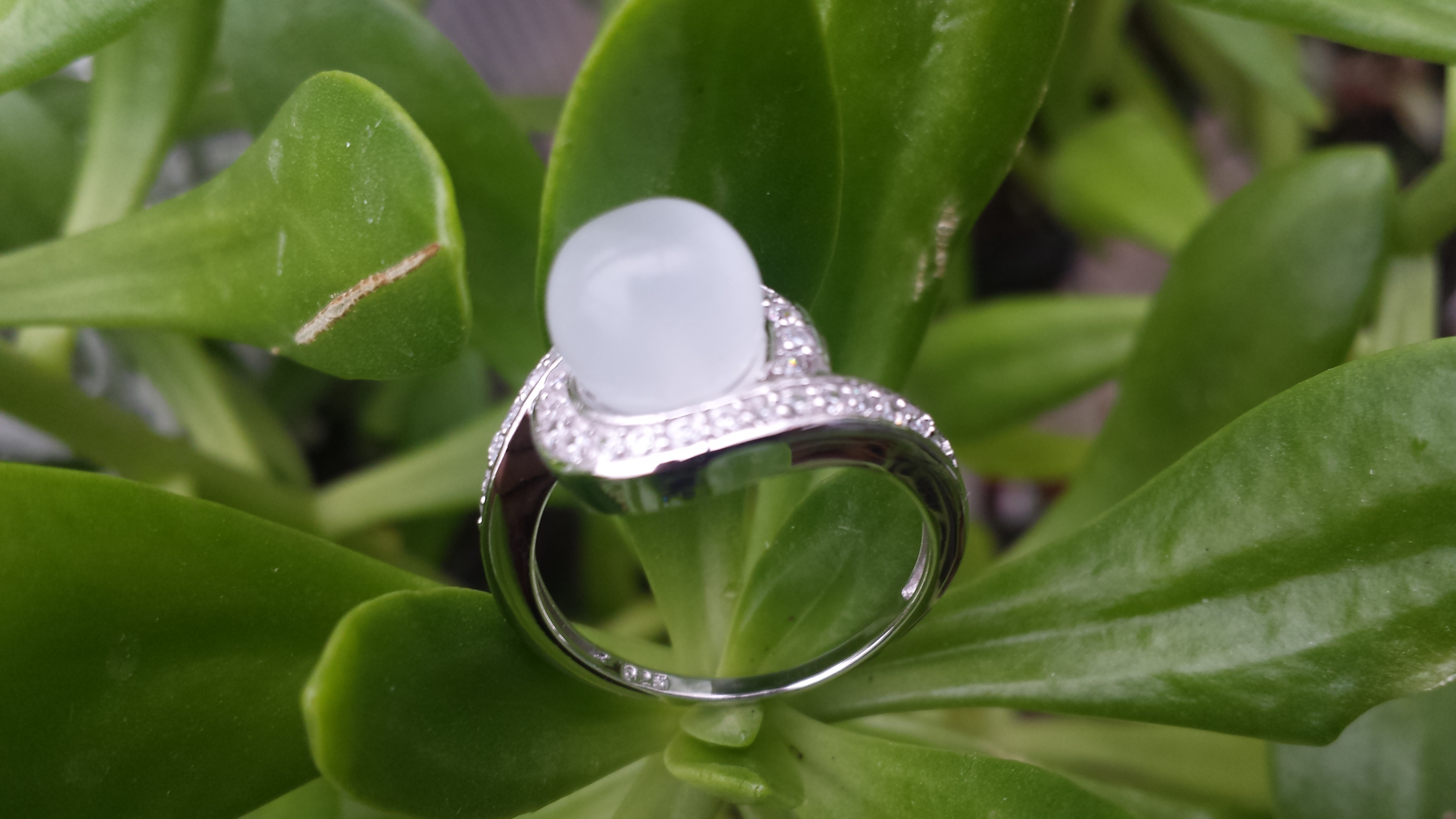STERLING SILVER 925 MOONSTONE RING WITH CUBIC ZIRCONIA